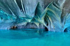 Les grottes de marbre du lac General Carrera, Chili