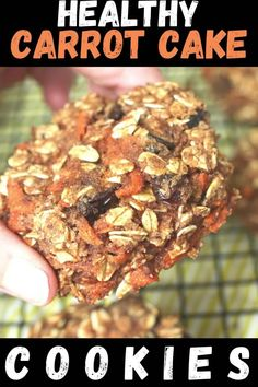 I just love these healthy Carrot Cake Cookies! super easy to make, great texture, and they are vegan and gluten free. Best Lunch Recipes, Healthy Cookie Recipes, Healthy Cookies, Healthy Breakfast Recipes, Healthy Baking, Clean Eating Recipes, Vegan Recipes, Snack Recipes, Cookies Vegan