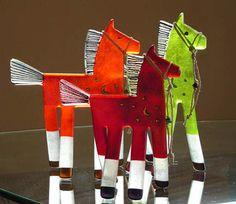 Image from http://www.turquoisetortoisegallery.com/Artists/fagan/three-ponies/three-ponies-600pix.jpg.