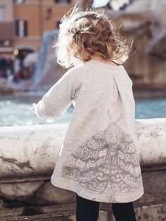 http://www.kidsfinest.nl/girls/kids-on-the-moon-moon-moth-tuniek-limited-edition/ #kidsfinest #moonmoth #kidsonthemoon #kindermode  photo by: petitbackstage.com