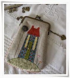 El telar de mi abuela. Fabric Purses, Fabric Bags, Patchwork Bags, Quilted Bag, Simple Bags, Easy Bag, Frame Purse, Crochet Fabric, Japanese Fabric