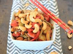 Gluten-Free Stir Fried Asparagus With Bell Peppers and Cashew Nuts