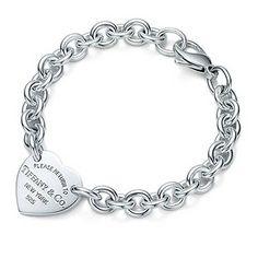 Return to Tiffany Heart Tag <3 $275