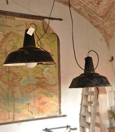 Interior design recupero vecchie lampade industriali ad imbuto diametro: 45 cm SESTINI E CORTI