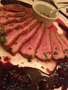 鴨肉のロースト!ベリーソースと、ハーブソルトて召しあがれw