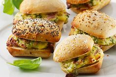 V-Zug recipe for Stuffed Rolls with Salami. Head over to 'Our V-Zug Products' board to see our exciting range! Pain Garni, Paninis, Recipe Search, Bagels, Ovens, Salmon Burgers, Rolls, Australia, Range