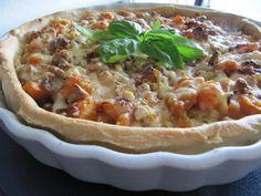 Tarte de abóbora, cebola roxa e queijo | SAPO Lifestyle