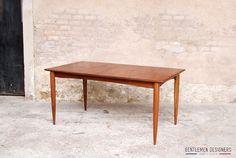 TABLE À RALLONGES INTÉGRÉE, SCANDINAVE, EN TECK  GENTLEMEN DESIGNERS, Mobilier vintage, made in France