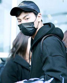 😍 - 🌸#shownu#셔누#MonstaX#kpop#몬스타엑스 #SonHyunwoo#jooheon#minhyuk#wonho#kihyun  #changkyun#hyungwon#monbebe#몬베베 🌸 cr. show you