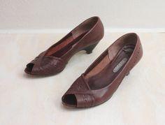 Vintage 80's Raisin Peep Toe Heels Sz 7