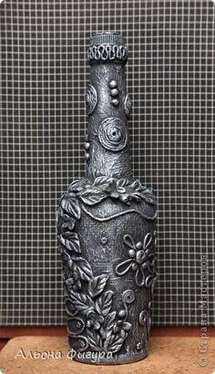Декор предметов Аппликация Аппликация из скрученных жгутиков Декоративные бутылочки Бутылки стеклянные Салфетки Тесто соленое фото 3
