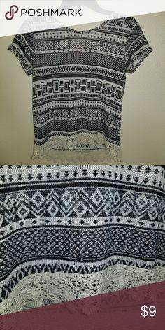Girls top Black and White print Arizona Jean Company Tops Blouses