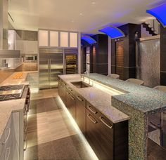Penthouse Kitchen, designed by Richard Sherer, Nicholas Blavat, Brian J. Witteman, and Trace Burger.  deep-river.com