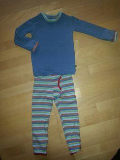 Schlafanzug in 104 und aus Reststoffen für den Süßen mit Hosen Schnitt von Ottobre und Shirt von Schnabelinas Bodyschnitt abgekupfert
