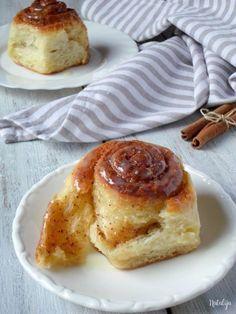 Mystic Cakes - Page 3 of 10 - Recipes & photography by Natalija Gourmet Recipes, Sweet Recipes, Baking Recipes, Cookie Recipes, Dessert Recipes, Desserts, Kiflice Recipe, Thanksgiving Deserts, Cinnamon Bun Recipe