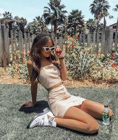 Fashion Inspo Vintage Skirt - Fashion Inspo Vintage Skirt Source by thessimaria - Aesthetic Fashion, Aesthetic Clothes, Look Fashion, Aesthetic Girl, Summer Aesthetic, Beach Style Fashion, 90s Teen Fashion, Aesthetic Beauty, Fashion 2020