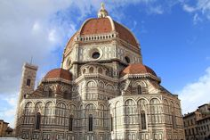 From medieval monasteries and Renaissance castles to cutting-edge modern design, European architecture is the world's most varied. Santa Maria, Florence, Renaissance, Museum, Kirchen, Dom, Barcelona Cathedral, Taj Mahal, Medieval