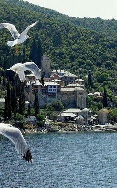 Μοναστήρι στο Άγιον Όρος, Άθως, Χαλκιδική Monastery, Holy Mount Athos, Chalkidiki, Greece