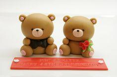 Cute Bear Cake Topper. via Etsy.