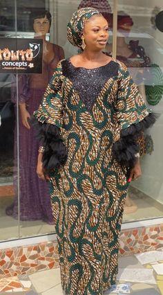 African Maxi Dresses, Ankara Dress Styles, Latest African Fashion Dresses, African Dresses For Women, African Print Fashion, African Attire, African Wear, Kaftan Designs, Mode Wax