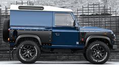 Land Rover Defender Wide Track – Kahn Expedition Vehicle