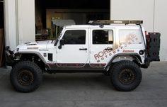 http://www.iconvehicledynamics.com/wp-content/uploads/2012/01/Jeep-Side-800x512-600x384.jpg
