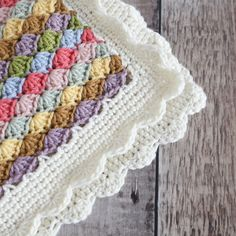 Crochet Hat - Tag your friends vialittledoolallyWhen you wreck your whole house trying to get just the right final product photos. Baby Blanket Crochet, Crochet Baby, Knit Crochet, Tops A Crochet, Crochet Hooks, Crochet Stitches Patterns, Stitch Patterns, Knitted Blankets, Knitting