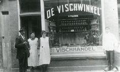 1935, 'Vischhandel De Vischwinkel' van K. Fillekes op de Hoogstraat 226. Collectie Stadsarchief Vlaardingen