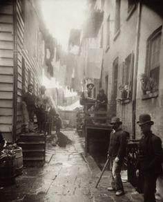 Jacob Riss, Bandits Roost 1890ish.