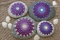 Mandala Stones Picture Gallery colorful-crafts.com