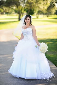 this dress is gorgeous. it's an inspiration of belle's dress from beauty and the beast