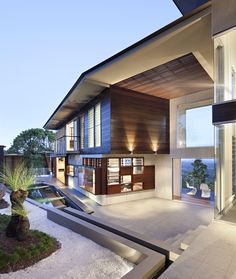 Luxury Residence with Views Of Glass House Mountains - Queensland, Australia