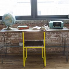 Small Modern Reclaimed Wood Desk Made For Decorating Small Apartments And  Spaces.Features Recycled Wood