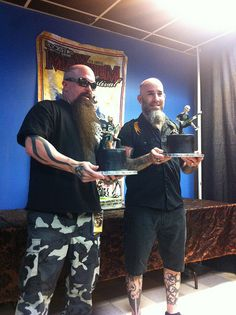 Kerry King from Slayer and Scott Ian from Anthrax with their Mayhem Festival Cakes by Rock Candy
