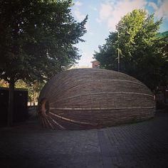 Huge coconut in Aarhus Denmark  ( pub inside ). Mi van a hatalmas kókuszdióban? (Csak egy kocsma ) #fivesneakers #wecollectmemories