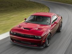 Meet The New Dodge Challenger SRT Hellcat Widebody