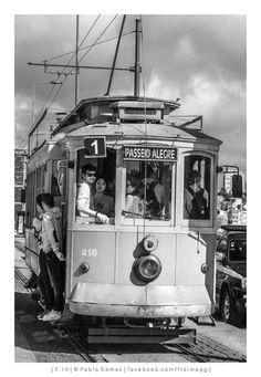 Porto Tram - Portugal Cars | www.portugal-cars.com | Portugal Car Hire | Lisbon Car Hire | Faro Car Hire | Porto Car Hire