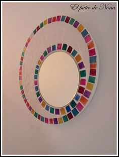 like the off center. use different colors Mirror Mosaic, Mirror Art, Mosaic Art, Mosaic Glass, Mosaic Tiles, Mosaic Crafts, Mosaic Projects, Stained Glass Designs, Mosaic Designs