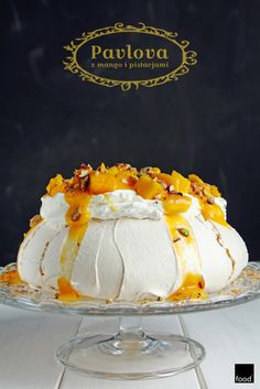 Pavlova with mango and pistachios