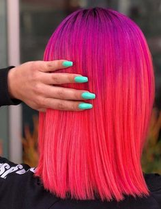 65 Amazing combinations of pulp riot hair colors and nail designs for women to opt in 2018. Stylish ladies who're looking for fresh hair colors, makeup and nail designs etc, they can go through these best styles in 2018 for fresh hair looks. pulp riot is the best paint for women to get sext and attractive hairs.