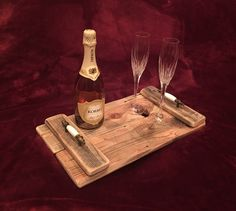 Rustic Serving Tray by AmbroseCraftsStore on Etsy https://www.etsy.com/listing/477236117/rustic-serving-tray