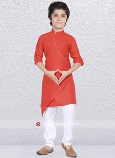 Charming Rust color Linen cotton fabric kurta is decorated with stylish side buttons. Paired with linen cotton fabric White color trouser. Boys Party Dress, Kids Dress Wear, Boy Dress, Gents Kurta Design, Boys Kurta Design, Kurta Patterns, Baby Dress Patterns, Latest Kurta Designs, Designs Kurta