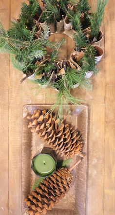 coffee table decor idea for the holidays! www.diypinner.com