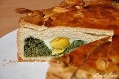 Torta Pasqualina Romanian Food, Spanakopita, Allrecipes, Sandwiches, Meals, Ethnic Recipes, Foods, Tart, Food Food