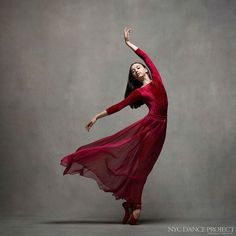 Inspiring Series of Photos Shows How Stunningly Graceful Dancers Are