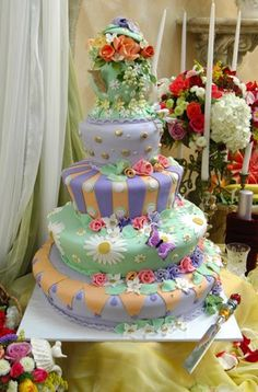 Alice in Wonderland wedding cake. A bit too colourful for a wedding (I think) BUT NOM-ALICIOUS.