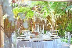 Wedding guest table decor in Kukua Punta Cana , design by Begokua, photo by Milan Photo Cine Art