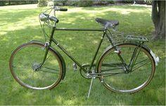 Schwinn Men 27 in Road Bike-Touring Vintage Bicycles Vintage Cycles, Vintage Bikes, Vintage Men, Raleigh Bicycle, Raleigh Bikes, Bicicletas Raleigh, Velo Retro, Bicycle Brands, Speed Bike