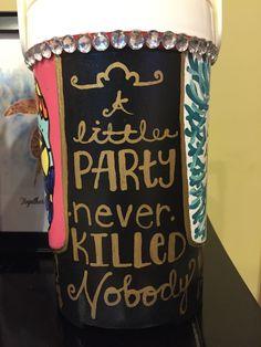 Big/Little Reveal Delta Zeta painted sorority cooler gatsby black gold cup Bubba Keg, Sorority Little, Cooler Designs, Big Little Reveal, Cooler Painting, Frat Coolers, Sorority Crafts, Delta Zeta, Party Cups