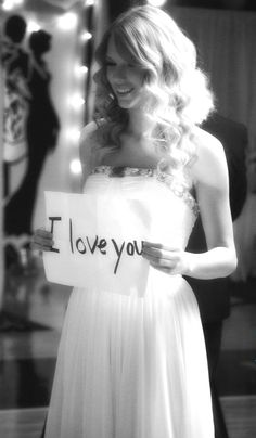 You belong with me music video.